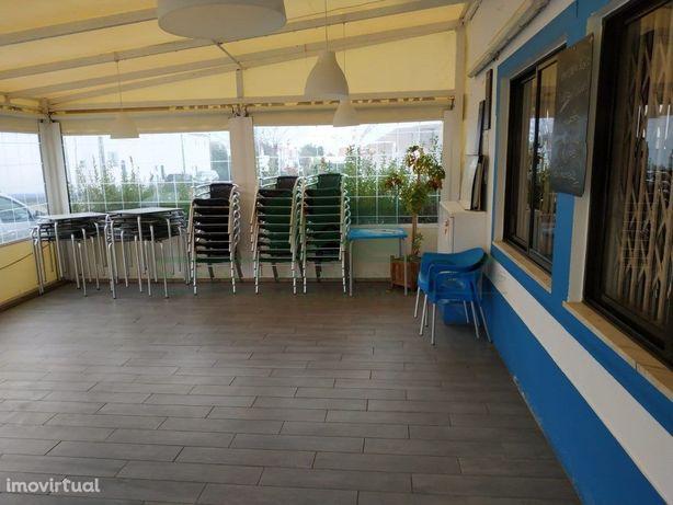 Snack Bar Restaurante Na Praia Da Manta Rota - Vila Nova ...