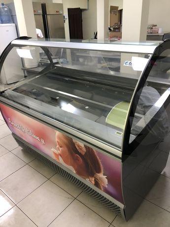 вітрина для морозива джелато. gelato. витрина для мороженого