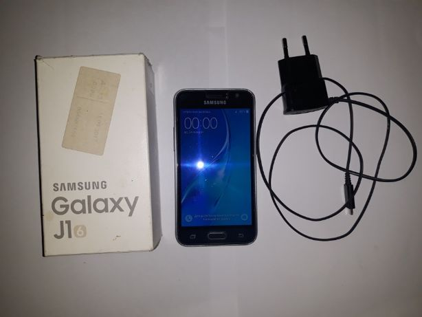 Смартфон телефон Samsung J1 J120