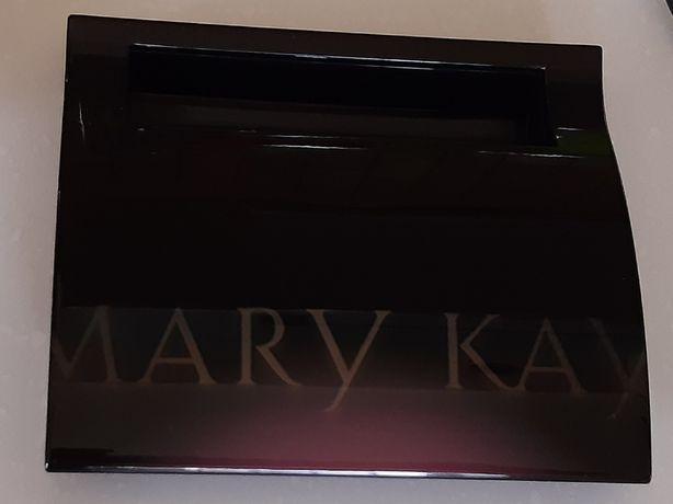 Компактный футляр MARY KAY