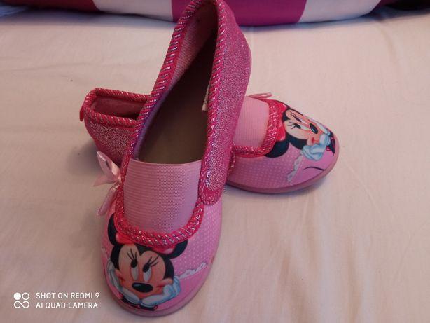 Детские тапочки для девочки Minnie Mouse