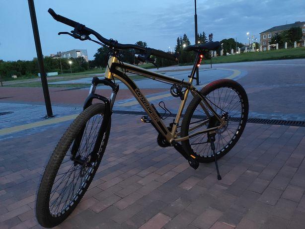 Велосипед 19 рама 29 колеса, задня і передня перекидки shimano