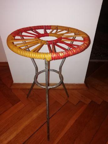 Żyłkowy kwietnik stołek PRL