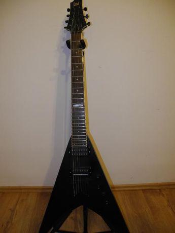 """Gitarę elektryczną ESP Ltd V 7 strun z """"casem"""""""