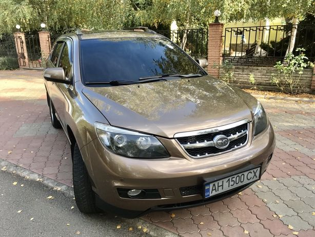 BYD S6 2,4