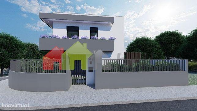 Moradia Nova - T4 com piscina e garagem -Excelente qualidade – Marisol