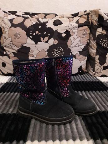 Взуття зимове для дівчинки