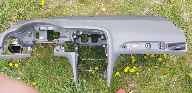 Audi a6 c6 kokpit deska rozdzielcza