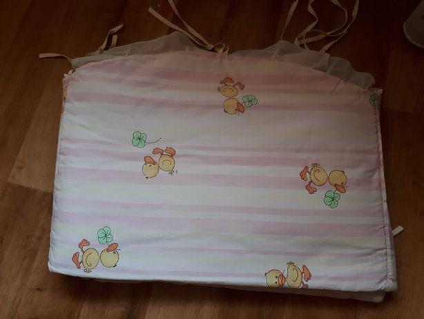Защитка для детской кроватки