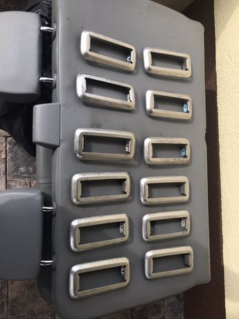 Накладки креплений сидений VWT5