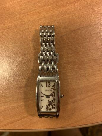 Часы женские Balmain