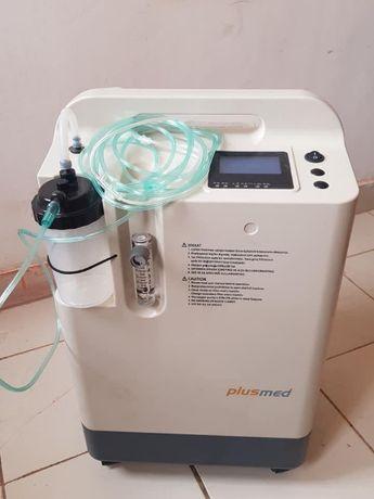 Кислородный концентратор на роликах PlusMed pM-KN01