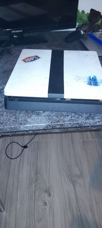 PlayStation 4 , ps4 slim