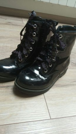 Buty, botki, trzewik lakierowane H&M