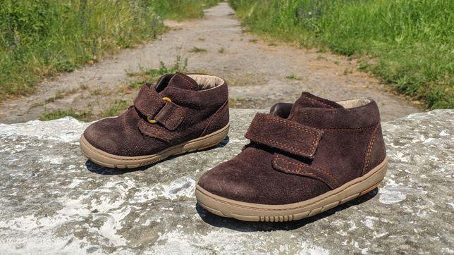 Гарненькі ботіки, черевички Clarks