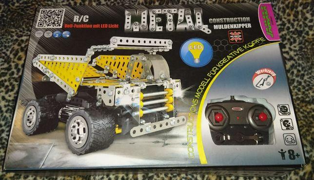 Metalowe zdalne auto do składania Metal Construction Muldenkipper NOWE