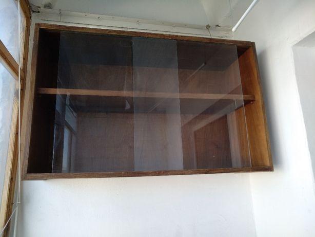 Навесной шкаф, сервант, полки на балкон, дачу, мебель