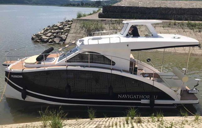 Jacht Navigathor 30 - motorowy houseboat - katamaran