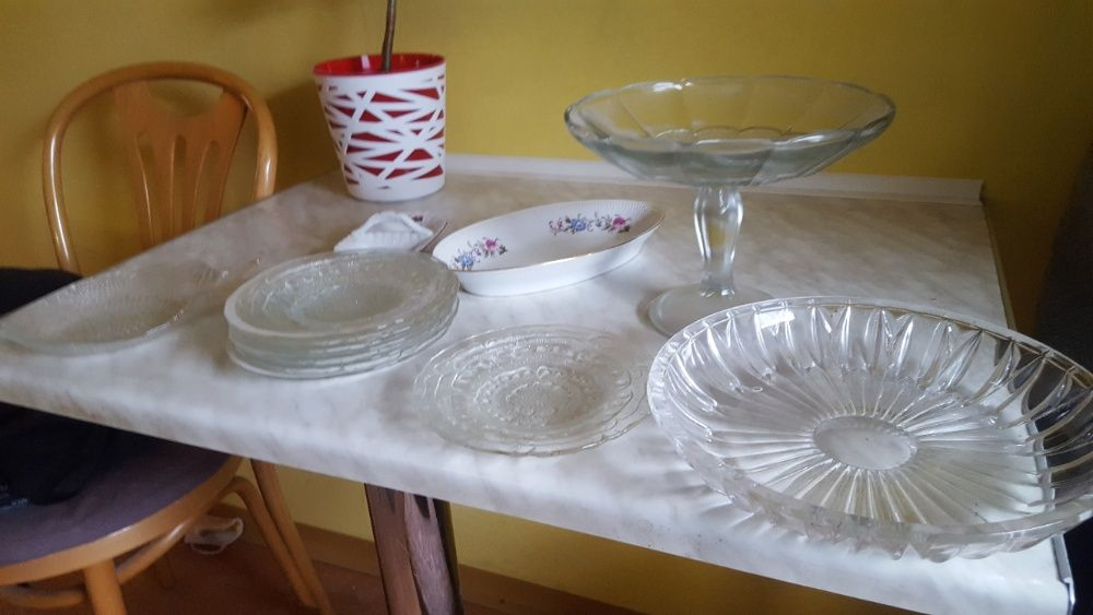 Bibeloty, szkło/porcelana, talerze, sztućce, akcesoria kuchenne Ustka - image 1