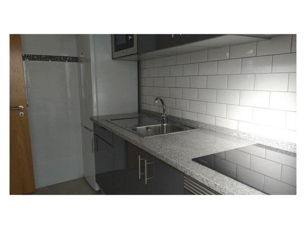 Apartamento T2 Brandoa - águas Furtadas