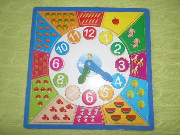 Relógio puzzle de madeira