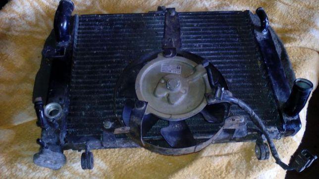 Vendo radiador com ventoinha para r6
