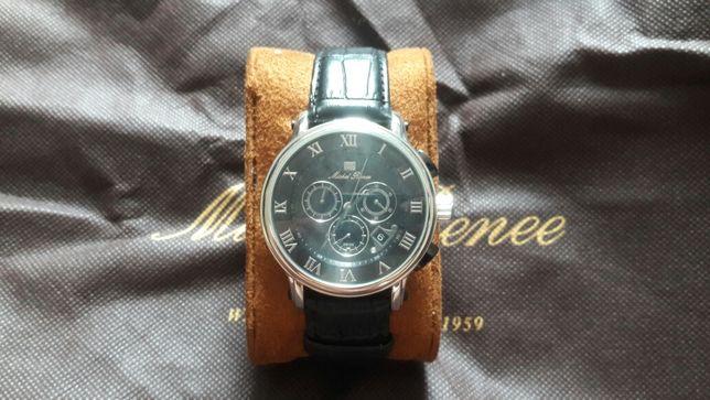 Продам часы M.Renee
