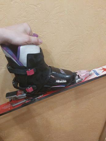 Дитяче спорядження для лижного спорту
