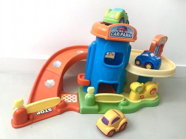 SMYK Car Park duży parking, myjnia i winda, sprawny