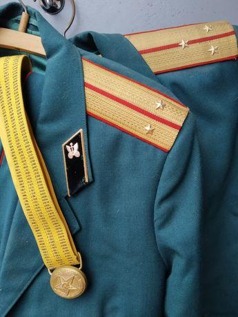 Форма парадна офіцерська часів СССР 1985р.