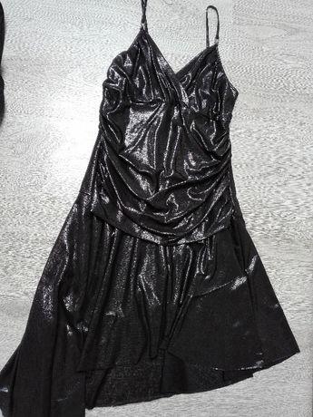 Błyszcząca sukienka r.M