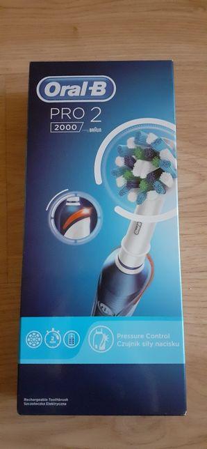Oral-B Pro 2 2000