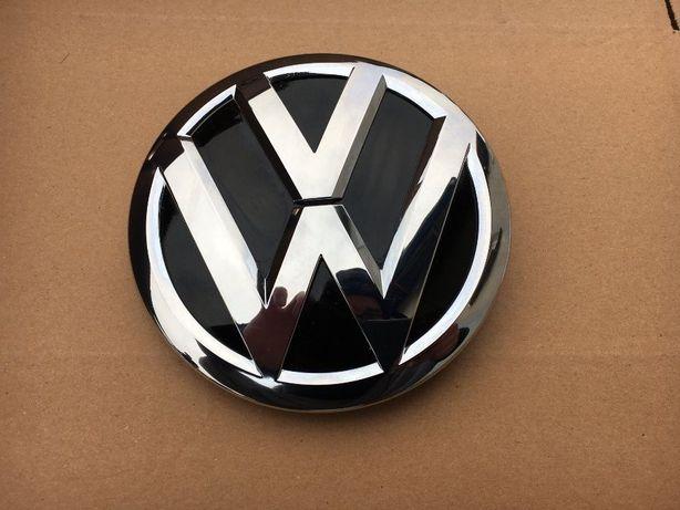Эмблема на решетку радиатора VW Volkswagen PASSAT B8 3G0853601В