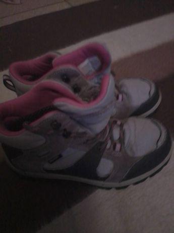 Кросівки ,34 розмір