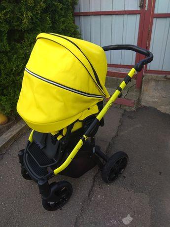 Универсальная детская коляска 2 в 1 Mioobaby Zoom Black Edition lime