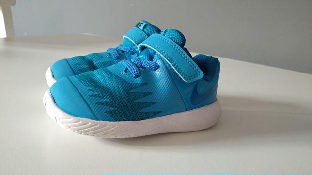 Buty Nike Star Runner, rozmiar 22, kolor niebieski, chłopięce