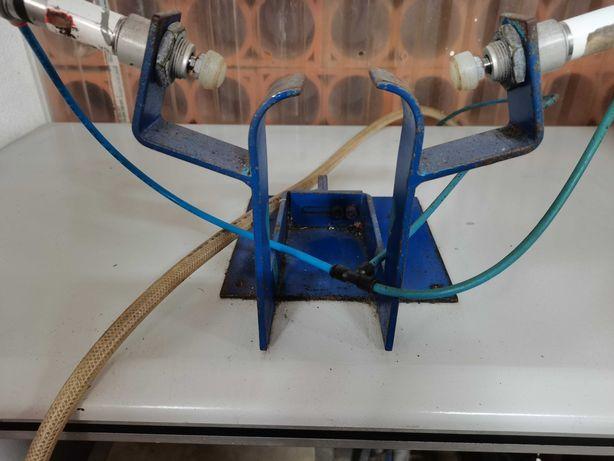 Máquina aplicar cordão Sapato (Gáspea)