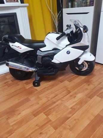 Motorek BMW na akumulator