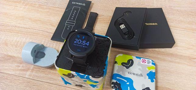 Smartwatch wear os ticwatch E como novo