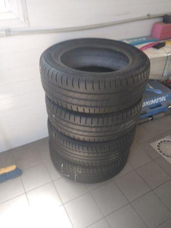 Opony 4 szt Michelin 215/60r16