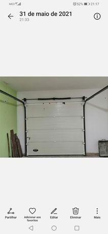 Portão garagem branca