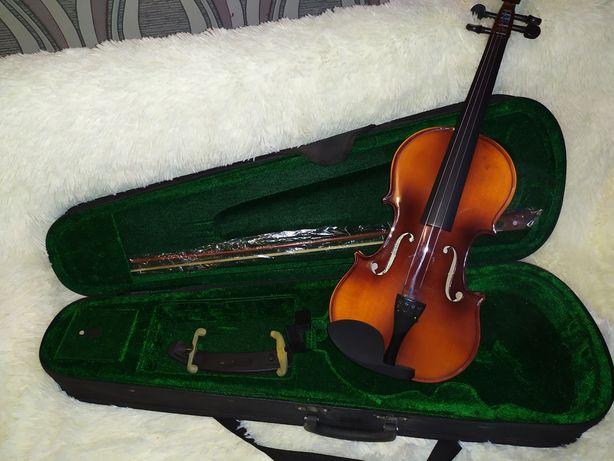 Скрипка 4/4, maxtone