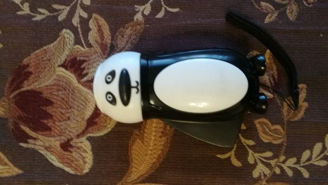 Latarka z dynamo Panda