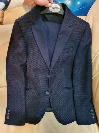 Школьный костюм для мальчика рост 128-135 см. 8-9 лет