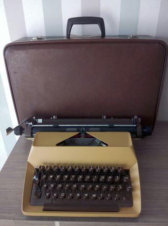 Maszyna do pisania Łucznik 1303 prl