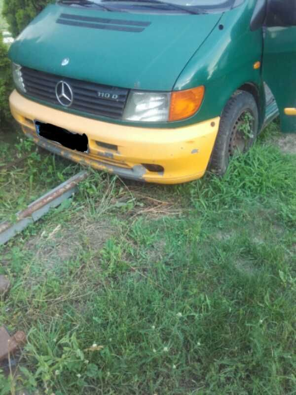 Mercedes Vito 110D 2.3 TD caly na czesci