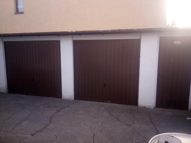 Brama garażowa 250x200