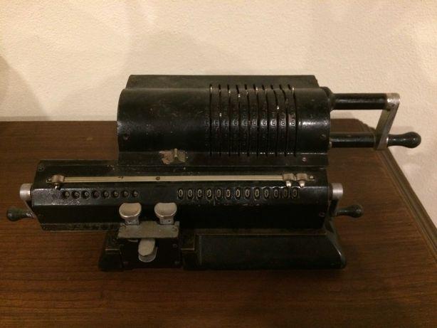Calculadora Mecânica Antiga