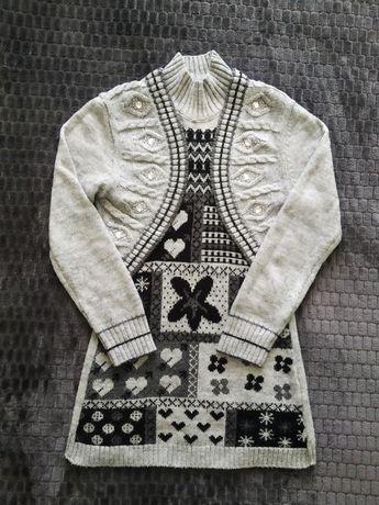 Теплый удлинённый женский свитер