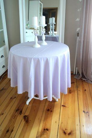 elegancki jasnofioletowy purpurowy liliowy obrus okraglu dlugi pastele